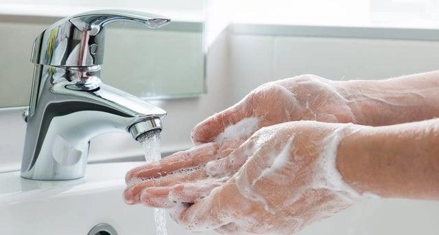Corona zorgpersoneel: verzorg ook je handen